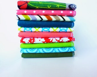 Cactus Ladies Handkerchief - 10 Womens Hankies - Southwestern Flannel Handkerchief - Reusable Tissue - Girls Handkerchief - Reusable Kleenex