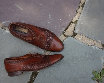 1980s does 1940s Mens Brown Leather Woven Domani Shoes  Size 9 1/2