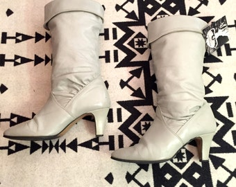 Vintage Boots White Leather Boots Slouchy Boots High Heeled Boots Womens Boots Size 9 Boots White Boots Tall Boots High Heel Boots