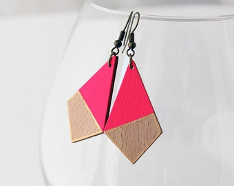 Geometric wooden earrings - neon pink, natural wood and gold - minimalist, modern jewelry