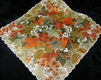 """Vintage UNUSED 17"""" Scalloped Colorful Fall Leaves Floral Wedding Handkerchief or Doily, 9727"""