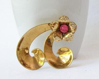 Vintage CORO Pink Flower Brooch