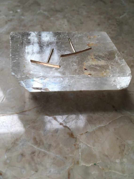 Medium gold filled 14mm hammered bar studs