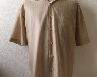 Vintage Men's 70's Shirt, Tan, Polyester, Short Sleeve, Button Down by D'amante (XL)