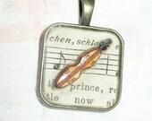 Dulcimer Music Resin Pendant
