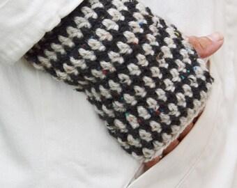 wood & wool warm wee wear mittens