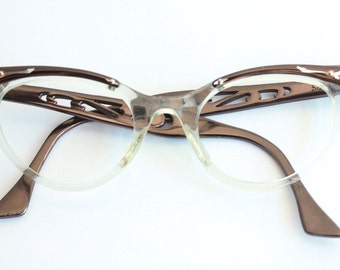 1950s Cats Eye Glasses // 40s 50s Vintage Catseyes Frames // Copper Clear Cutout Desing // MINT