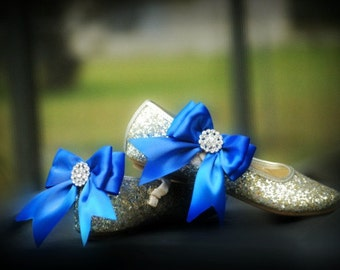 Bridal Shoe Clips. Sparkly Royal Blue / White Bow. Rhinestone & Satin Ribbon. Wedding Bride Clip. More Teal Sage Pink Red Black Ivory Purple