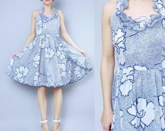 Vintage Floral Halter Dress 70s 80s Ruffle Dress Floral Print Full Skirt Dress White and Blue Floral Print Summer Sun Dress Petites (XS/S)