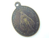 Antique French Miraculous Medal Catholic Medal - Bronze Our Lady of Grace - Virgin Mary Religious Charm V6