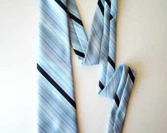 Vintage 1970's Sears The Men's Store Blue Striped Polyester Necktie Tie