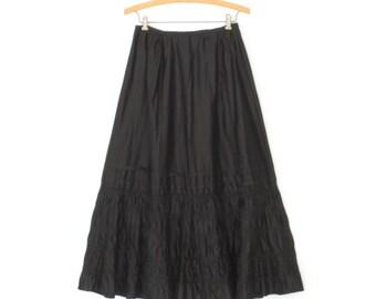 Antique Skirt * Vintage Black Skirt * Gothic Ruffle Petticoat Skirt * Small