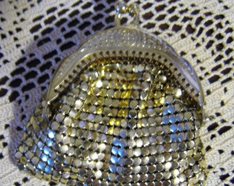 Vintage Small  Goldtone Mesh Coin Purse with Scrolled Frame, Kisslock Top