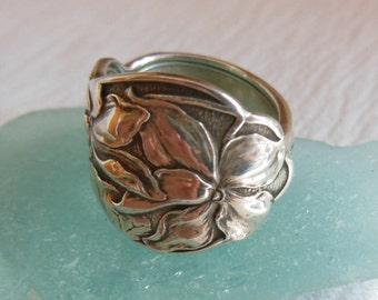 Antique Spoon Ring  Sterling Silver  Violet   Size 6.5