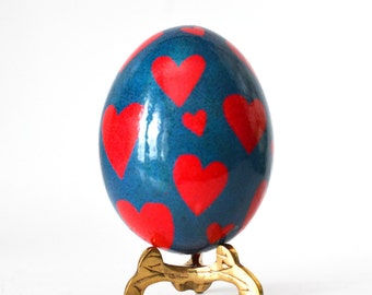 Ukrainian Easter egg pysanka, chicken egg shell hand painted