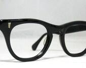Vintage EyeGlasses Mens Black Horn Rim Frames.