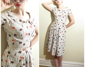 Vintage 1950s Cotton Print Dress / 50s Short Sleeved Dress with Geometric Pattern