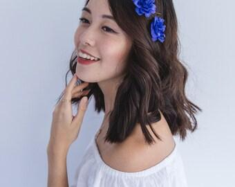 navy blue blossom hair pin set of two // bridesmaid hair accessory, flower bobby pins, delphinium floral hair clip summer woodland garden