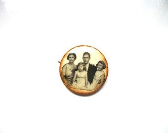 Vtg. British royal family portrait vintage pinback pin button collectible royalty memorabilia