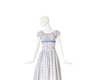 1950s Dress • BUTTERFLIES 50s Day Dress • Novelty Print • Medium Large M / L