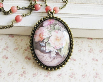Peach beaded jade necklace - flower pendant necklace - bronze - vintage style jewelry - for her - Europe