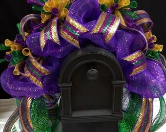 CLEARANCE - Mardi Gras Mailbox Rail, Mardi Gras Rail, Fat Tuesday Mailbox Decor