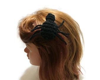 Spider Hair Clip, Spider Amigurumi, Spider Barrette, Spider Cosplay, Spider Costume, Halloween Hair Clip, Arachnid Costume, Spooky Hair Clip
