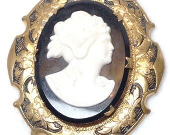 MAKE AN OFFER - Faux Cameo Brooch - Vintage