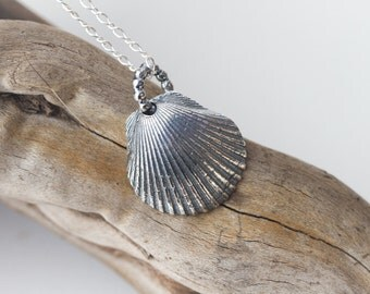 Small Silver Shell Pendant Seashell Necklace Camino de Santiago Scalloped Shell Pendant