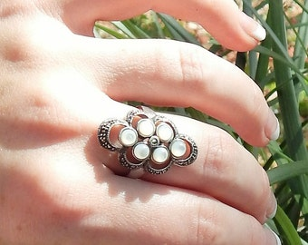 Unique Vintage Sterling silver Statement Ring~MoonStone~MOP~Marcasite Accented~Size 8.25