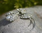 Rhinestone Brooch, Tulip, flower brooch, pin, wedding brooch, wedding, pearl broch, pearls