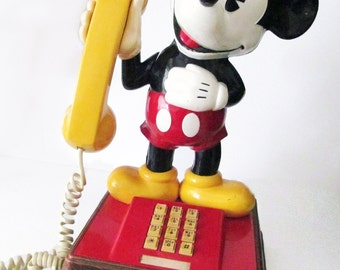 Vintage Authentic 1976 The Mickey Mouse Push Button Telephone Phone Walt Disney Rare