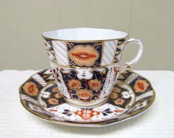 Vintage Strathmore English Bone China Imari Pattern Tea Cup and Saucer Set