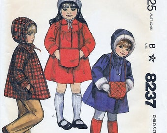 McCalls 8237 Boy or Girl 80s Winter Hooded Coat or Jacket & Muff Sewing Pattern Size 3 Chest Breast 22