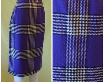 1950s Skirt / 50s Slim Wiggle Skirt / Office Skirt / Purple Wool with Black White Houndstooth Check / Viva Original / M Medium