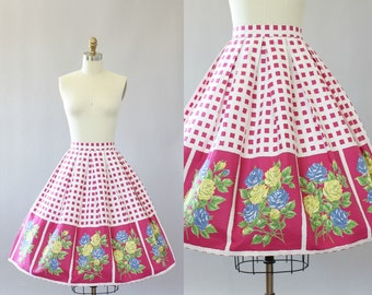 Vintage 50s Skirt/ 1950s Cotton Skirt/ Pink Checkered Cotton Skirt w/ Rose Print XS