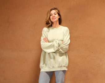 vintage 90s CELERY green oversize basic SUPER SOFT large sweatshirt