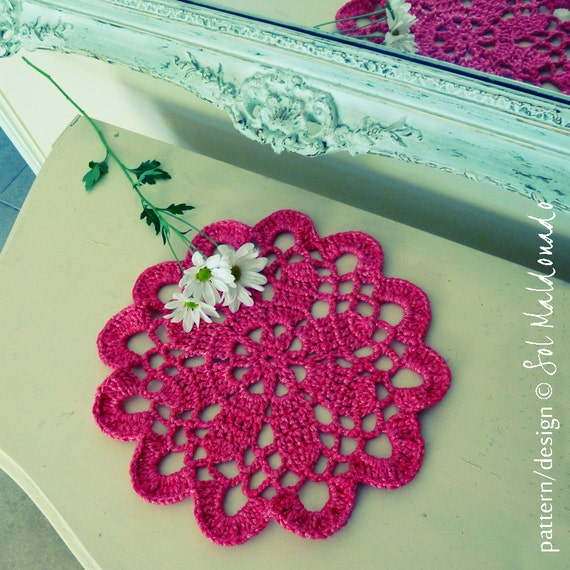 Crochet  pattern doily or Tarn Rug PDF - mandala easy beginner crochet pattern - INSTANT DOWNLOAD