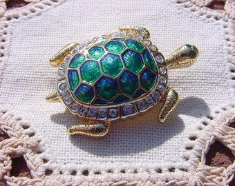 Vintage Rhinestone Brooch Tiny Emerald Enamel Turtle
