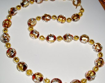 Yellow and White Gold and Red Murano Glass Necklace