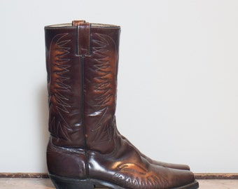 9 1/2 D | Men's Vintage Wrangler Thunder Bird Cowboy Boots Fancy Stitch Boot