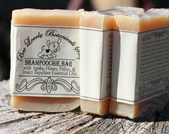 Dog Soap with pollen and honey, Dog Shampoo, Pet Supply for dog groomer, pet grooming, Insect repellent, dog gift, dog grooming