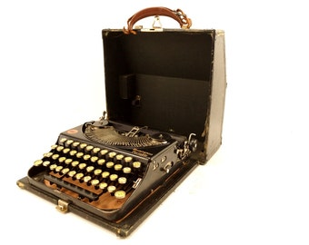 Vintage Remington Rand Portable Typewriter with Glass Keys (c.1920s) - Hard-to-Find Collectible Typewriter