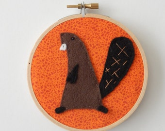 "4"" Beaver Embroidery Hoop Ornament"