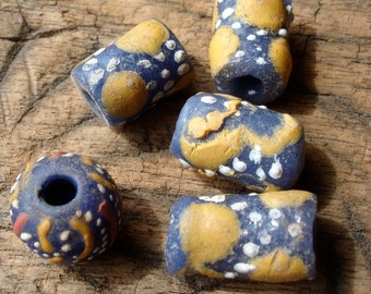 5 x Mauritani African mixed hand made hand painted beads with dots