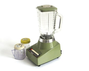 Oster Blender Made in USA 1970s Avocado Green Kitchen Appliance Osterizer Blender 427 Glass Jar