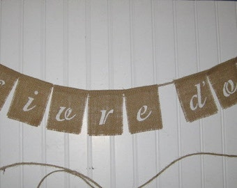 LIVRE D'OR / Guest Book Banner - ANY Color Script lettering- Burlap Wedding- French, Paris wedding. Burlap and Jute ribbon with lace Bows.