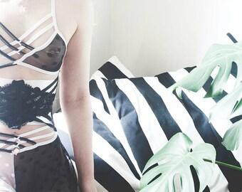 Sheer Lingerie - sheer panties - sheer bra - polka dot panties - black sheer panties - strappy lingerie - bralette- lingerie set - Recherche