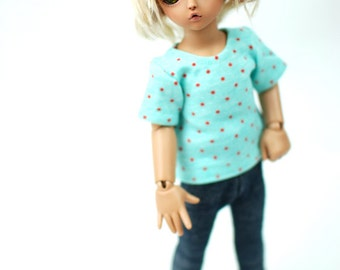 YoSD Turquoise And Red Spot T Shirt For BJD