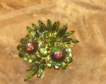 Juliana Jewelry Rhinestone Brooch Margarita Stone Owl Pin Verified  D&E Juliana Pin With Green Heliotrope Margarita Stones Skinny Navettes